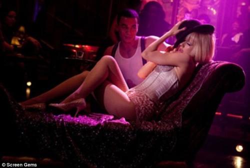 christina aguilera burlesque. Christina Aguilera in