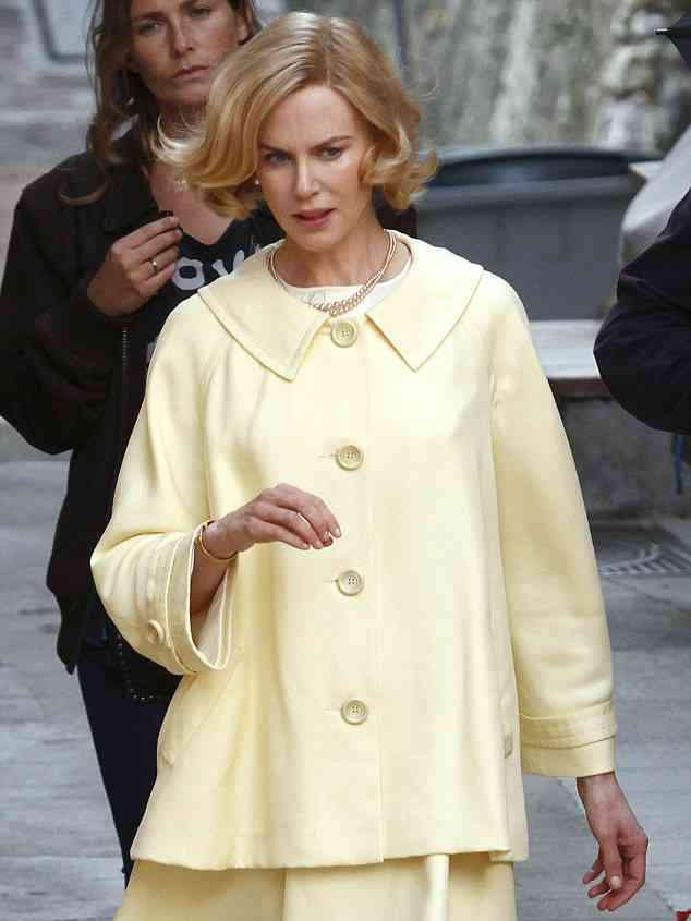 Nicole Kidman on set of 'Grace of Monaco'