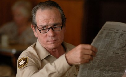 Tommy Lee Jones goes after Paramount