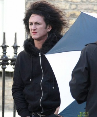 Sean Penn on set of This Must Be the Place