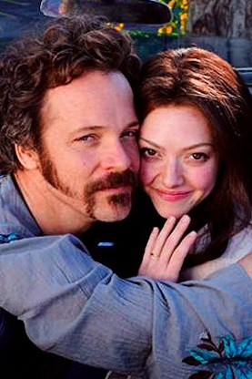 Peter Sarsgaard and Amanda Seyfried