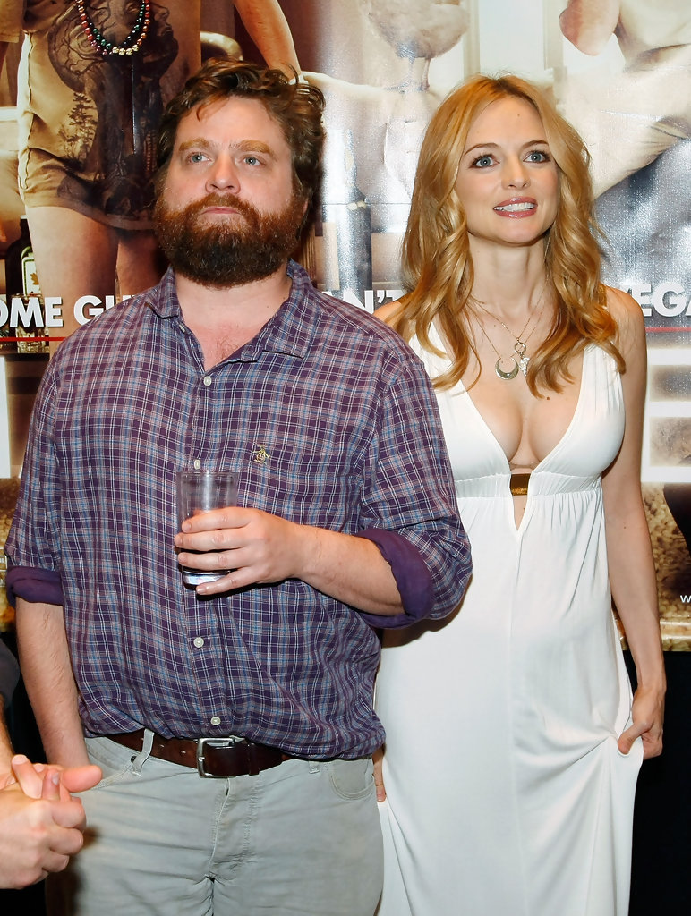 Zach Galifianakis and Heather Graham