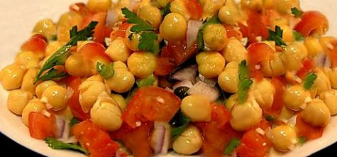 Tomato Chickpea salad