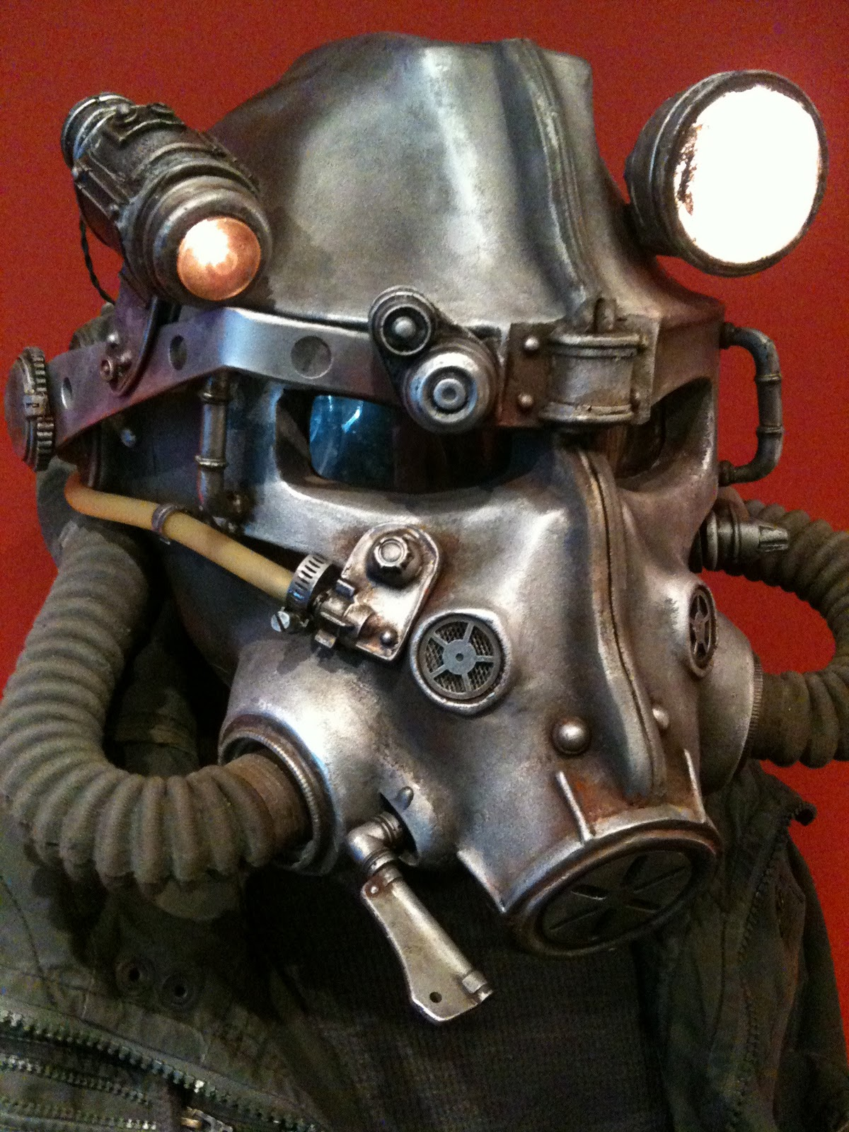 real fallout 3 helmet