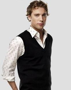 90210's Dustin Milligan