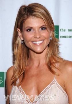 Lori Loughlin 90210 Perennial TV actress Lori Loughlin is about to take on a ...