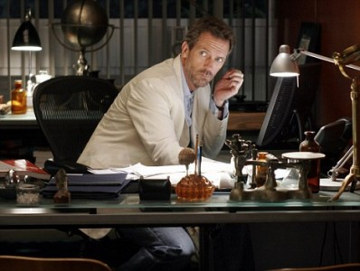 Hugh Laurie talks about possibly quitting House