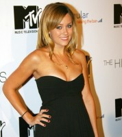 Lauren Conrad loves to gossip!