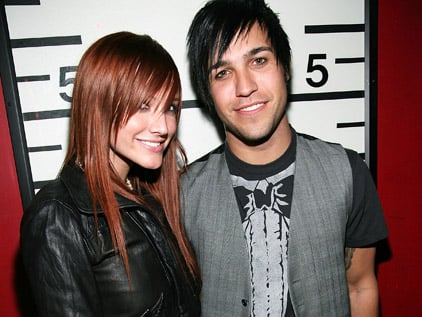 Pete Wentz and Ashlee Simpson-Wentz