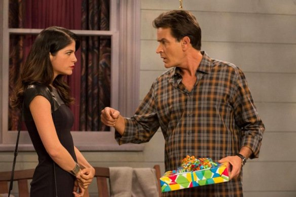 Selma Blair and Charlie Sheen on 'Anger Management'